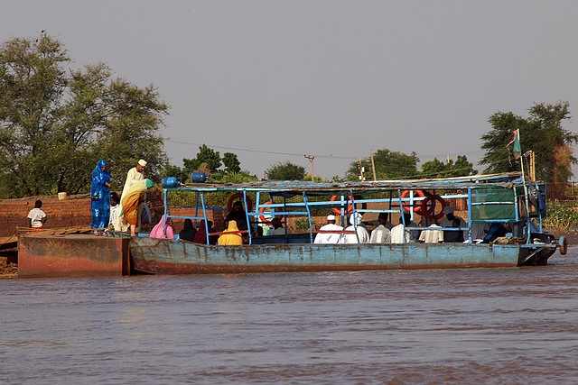 Nick Hobgood: Nile Water Taxi© 2007 Creative commons licenced. flickr >
